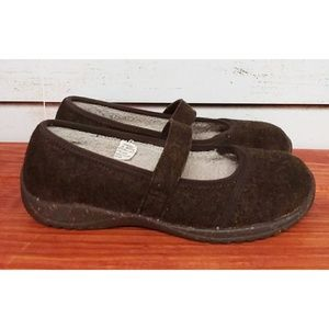 L.L. Bean Brown Wool Mary Jane Shoes 8